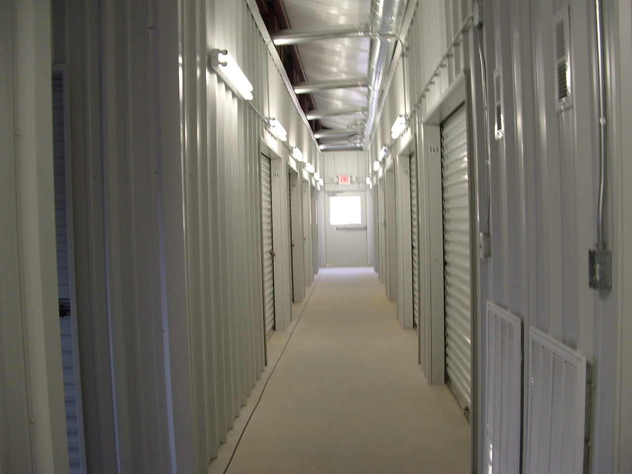 Climate controlled storage units in Kingston, TN
